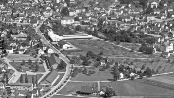 Luftaufnahme Uster mit Zeughausareal